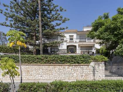 577m² House / Villa with 650m² garden for sale in East Málaga