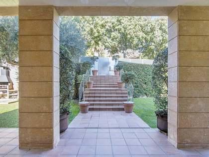 727m² Haus / Villa mit 802m² garten zum Verkauf in Pedralbes