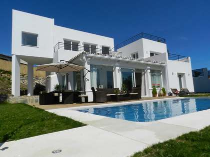 Contemporary Style, Luxury 5 Bed Villa for sale, El Rosario, East Marbella.