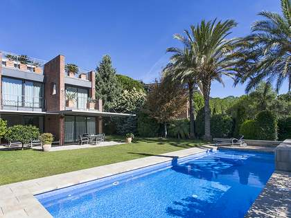 Lujosa casa recién renovada en venta en Pedralbes