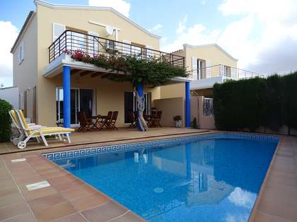 150m² House / Villa with 42m² terrace for sale in Ciudadela