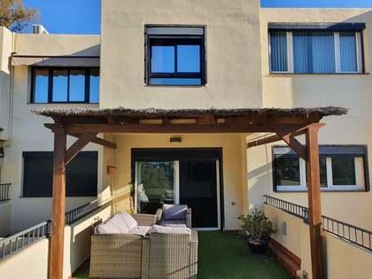 Huis / Villa van 164m² te koop met 25m² terras in East Málaga
