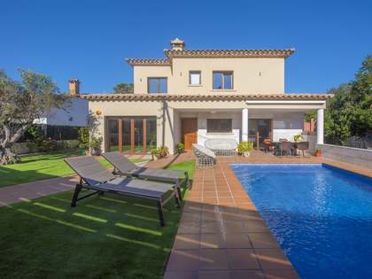 404m² House / Villa for sale in Sant Feliu, Costa Brava