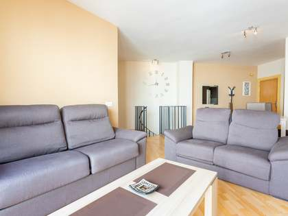 126m² Apartment with 12m² terrace for sale in Málaga, Spain
