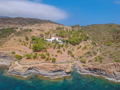 300m² House / Villa for sale in Cadaqués, Costa Brava