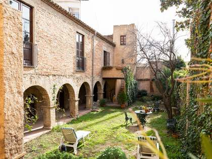 775m² Hus/Villa till salu i Sant Cugat, Barcelona