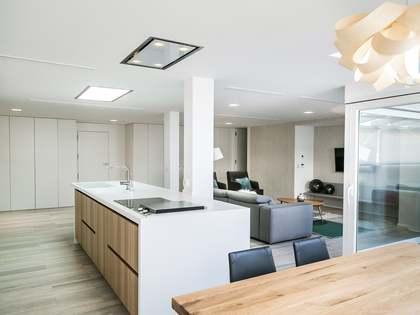 Penthouse van 320m² te koop met 40m² terras in Sant Francesc