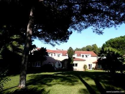Huis / Villa van 859m² te koop in Cascais & Estoril