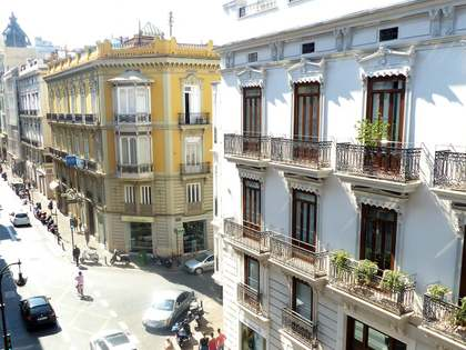 Large family property to rent in Sant Francesc, Valencia