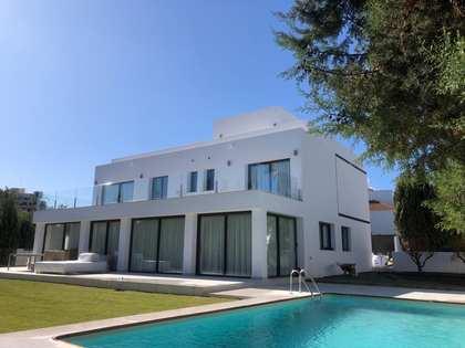 359m² House / Villa for sale in Nueva Andalucía