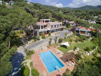 Huis / Villa van 385m² te koop in Premià de Dalt, Maresme