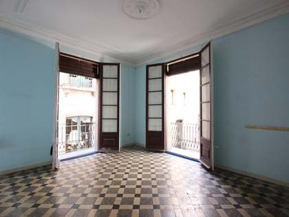 116 m² apartment with 7 m² terrace for sale in Gótico