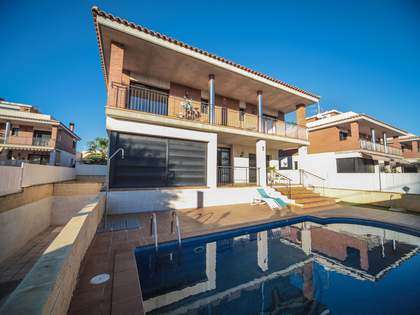 400 m² house for sale in Segur Calafell, Tarragona
