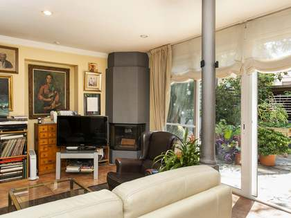 5-bedroom property with a garden for sale in Sarrià