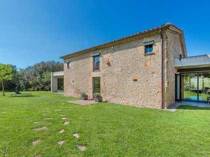 Casa / Villa di 376m² in vendita a Pla de l'Estany, Girona