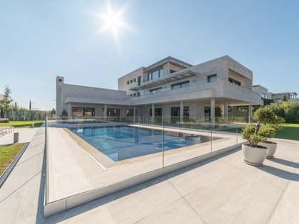 Casa / Villa de 1,129m² en venta en Aravaca, Madrid