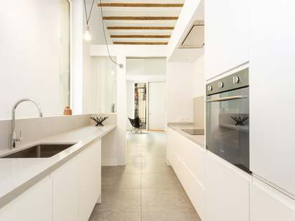95m² Apartment for sale in Sants, Barcelona