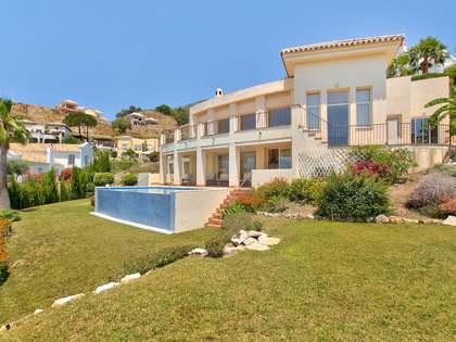 Casa / Villa di 496m² con 196m² terrazza in vendita a Puerto Banus