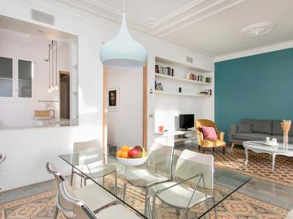 117m² Apartment with 9m² terrace for sale in Eixample Right