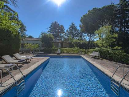 248m² House / Villa for sale in Santa Cristina, Costa Brava