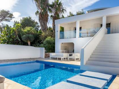 283m² House / Villa for sale in Santa Eulalia, Ibiza