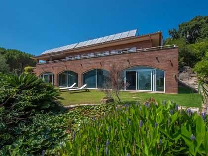 746m² House / Villa for sale in Santa Cristina, Costa Brava