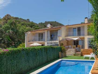 442m² Haus / Villa zum Verkauf in Lloret de Mar / Tossa de Mar