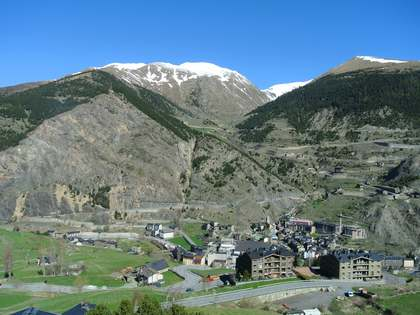80 m² apartment for sale in Canillo, near Grandvalira