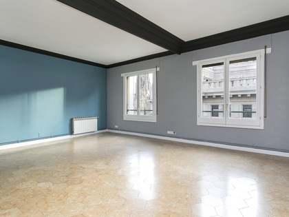 Apartamento de 4 dormitorios en venta en el Born, Barcelona