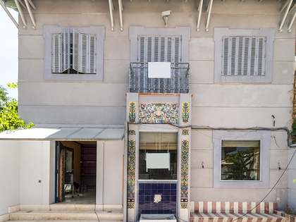 House to buy and renovate according to client's taste Madrid
