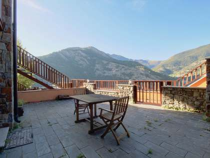 120m² Apartment with 30m² terrace for rent in Ordino
