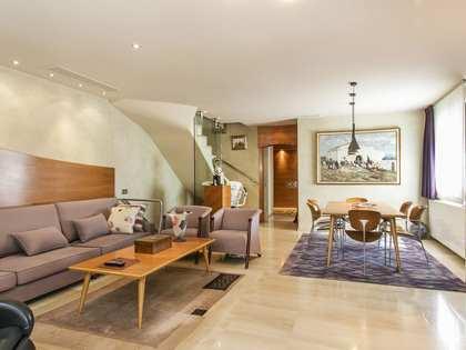 Casa de 266 m² con jardín de 204 m² en venta en Gavà Mar