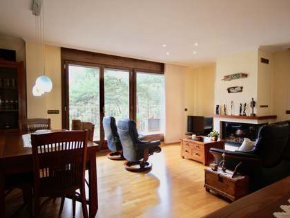 140 m² apartment with 80 m² terrace for sale in Escaldes
