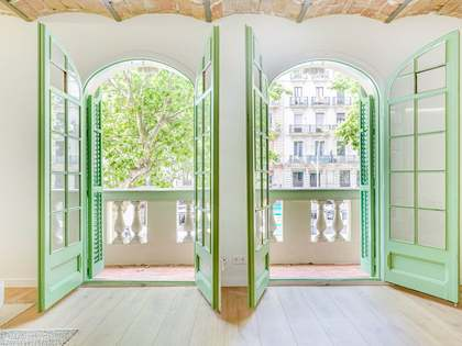 85m² Apartment for sale in Sant Antoni, Barcelona
