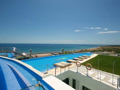 100m² Apartment with 37m² terrace for sale in Alicante ciudad