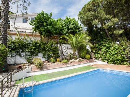 Spacious family home with a pool for sale in Cabrils