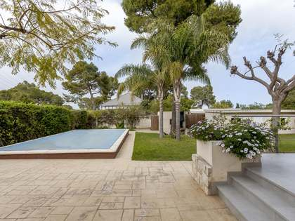 105m² House / Villa for sale in Paterna, Valencia