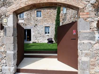 Masia de 405m² en venda a Baix Empordà, Girona