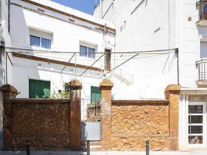 196 m² villa for sale in Sitges Town