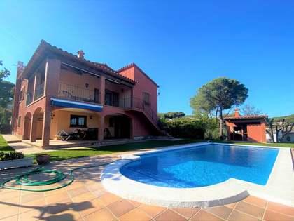 295m² Haus / Villa zum Verkauf in Platja d'Aro, Costa Brava