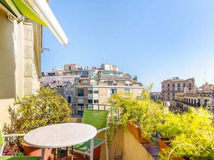 202m² Apartment with 10m² terrace for sale in Eixample Right