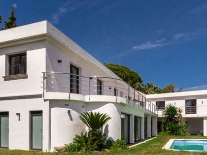 Дом / Вилла 493m² на продажу в Новая Андалусия