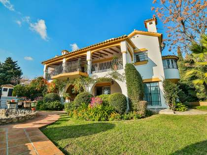 Spectacular Andalusian style villa for sale in Marbella