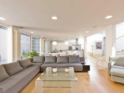 Casa / Villa di 400m² in vendita a Valldoreix, Barcellona