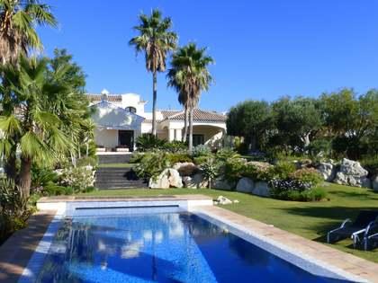 Huis / Villa van 854m² te koop met 3,170m² Tuin in Benahavís