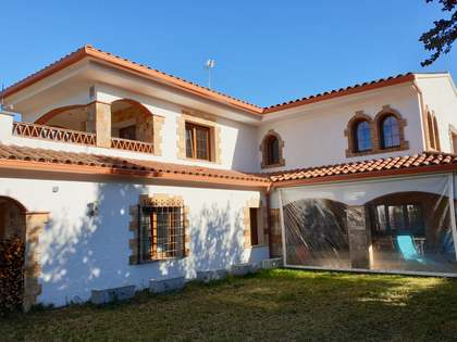 Maison / Villa de 289m² a vendre à Santa Cristina