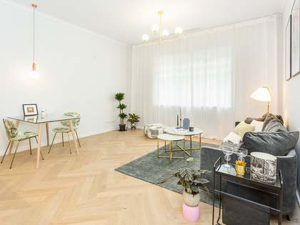 52m² Apartment for sale in Eixample Right, Barcelona