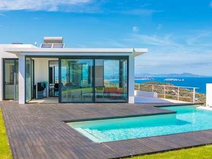 Villa for sale in Sa Tuna, Costa Brava