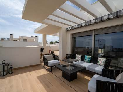 122m² Penthouse with 213m² terrace for sale in Estepona