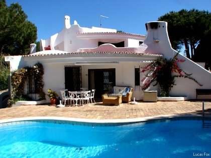 Huis / Villa van 220m² te koop in Algarve, Portugal